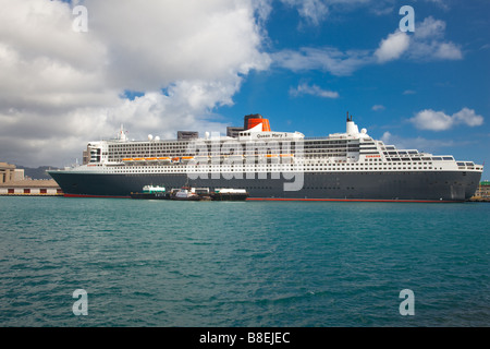 Cruise ship queen mary ii renovations drydock elbe 17 for Around the world cruise ship