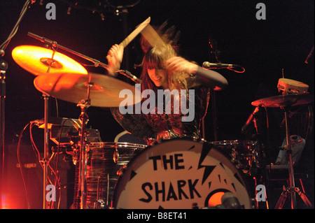 Brother and sister, new band, Joe Gideon and The Shark gig at Wolverhampton, January 2009. Drummer Viva, - Stock Photo