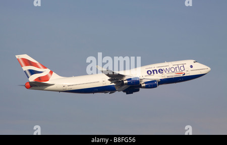 British Airways Boeing 747-436 carrying One World titles taking off from London Heathrow - Stock Photo