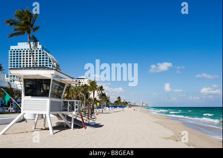 Lifeguard Hut on Fort Lauderdale Beach with the Trump Hotel behind, Gold Coast, Florida, USA - Stock Photo