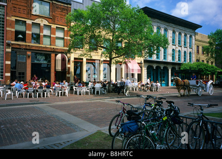 ST. ANTHONY MAIN HISTORIC DISTRICT ALONG THE MISSISSIPPI RIVER IN MINNEAPOLIS, MINNESOTA.  SUMMER. - Stock Photo