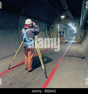Ordnance Survey and Institut Geographique Nationale scientists use the Channel Tunnel to determine levels of UK - Stock Photo