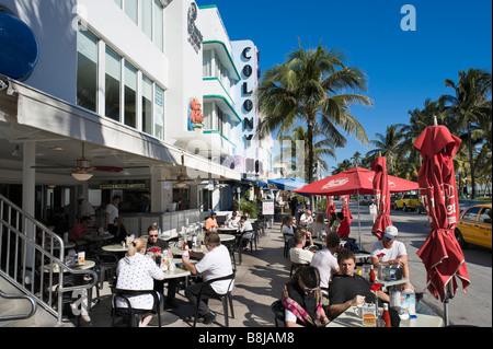 Fast food restaurant on Ocean Drive in the Art Deco district, South Beach, Miami Beach, Gold Coast, Florida, USA - Stock Photo