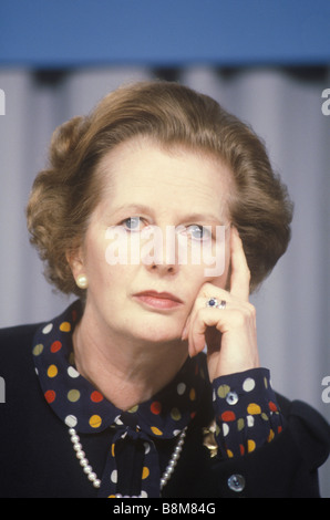 Mrs Margaret Thatcher Conservative party election campaign 1983 Midlands UK . Press Conference HOMER SYKES - Stock Photo