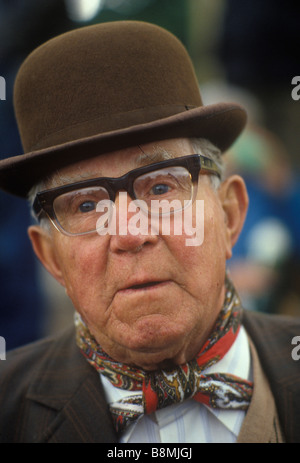 Man wearing Brown Derby bowler hat. Appleby-in-Westmorland Cumbria UK 1980s 80s, HOMERSYKES - Stock Photo