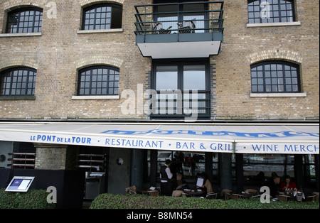 Le Pont de la Tour restaurant, London - Stock Photo