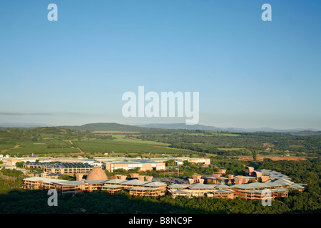 The Mpumalanga government buildings set it the scenic Nelspruit countryside - Stock Photo