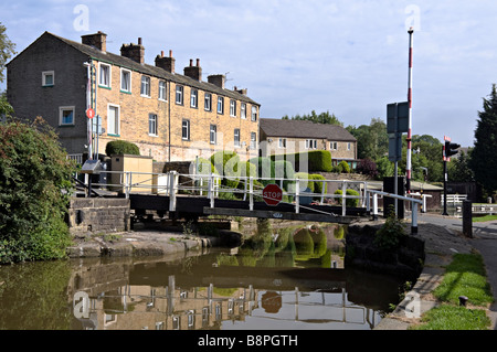 Brewery swing bridge near Skipton on the Leeds to Liverpool canal - Stock Photo