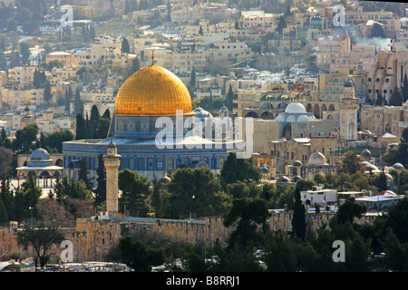 Israel Jerusalem Dome of the Rock and Temple Mount covered in snow January 2008 - Stock Photo