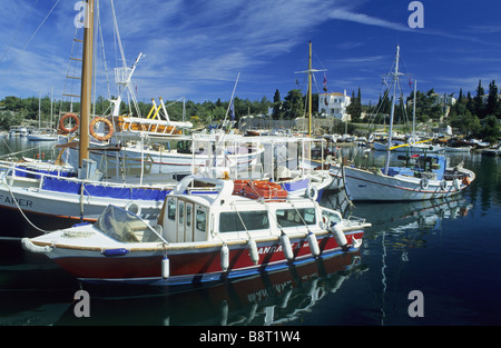 ships and boats in the harbour of Spetses, Greece, Saronian islands - Stock Photo