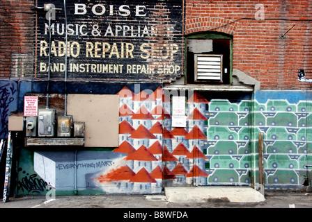 USA, Idaho, Boise, Art found in Boise's Freak Alley - Stock Photo
