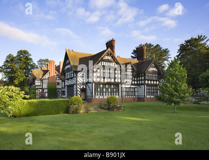 Wightwick manor stock photo 22628292 alamy - Royal school swimming pool wolverhampton ...