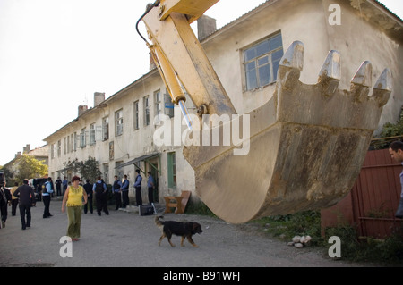 Residents are evicted from slum dwellings in Golubaya Street They are Abkhaz refugees who settled in vacant apartments - Stock Photo