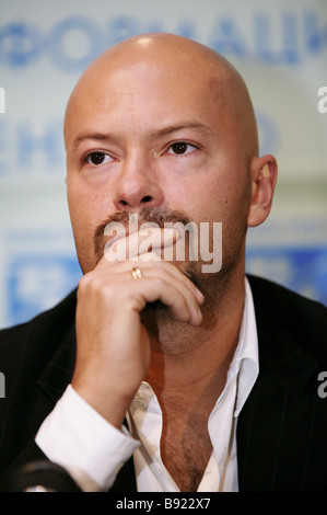 Actor and film director Fyodor Bondarchuk at a RIA Novosti news conference on the making of the 9th Company 9 ya - Stock Photo