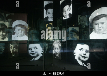 Installation tribute to approximately 1.5 million Jewish children who were murdered during WW2 in Yad Vashem holocaust - Stock Photo