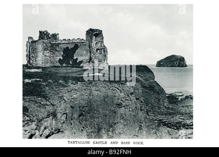 tantallon castle and bass rock Tantallon Castle is a mid 14th century fortress, located 5 km (3 miles) south-east - Stock Photo