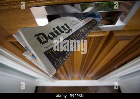 Uk print newspaper Press daily mail tabloid british daily - Stock Photo