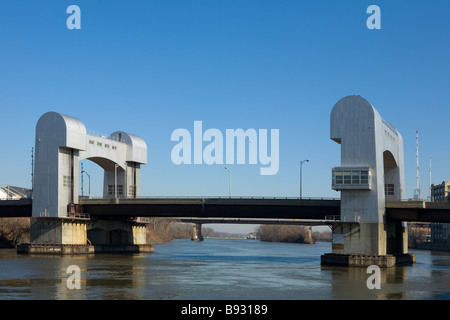 The Troy Green Island Bridge over the Hudson River is a moveable lift drawbridge Troy New York - Stock Photo