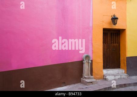 Historic town of Guanajuato Doors and windows - Stock Photo