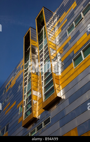 Middlesbrough College at Middlehaven, Teesside, UK - Stock Photo