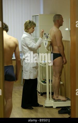 Recruits undergo a medical examination. OLEKSANDR PRYLEPA