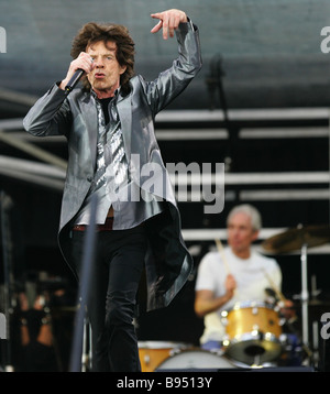 Mick Jagger vocals of The Rolling Stones performing on Dvortsovaya Square St Petersburg - Stock Photo