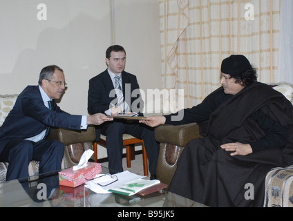 During a visit to Libya Russian Minister of Foreign Affairs Sergei Lavrov left met with its leader Muammar al Gaddafi - Stock Photo