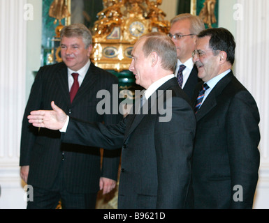 Russian President Vladimir Putin and Italian Prime Minister Romano Prudi left to right during a meeting at the Kremlin - Stock Photo