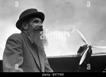 Soviet scientist statesman famous Arctic explorer Hero of the Soviet Union and Academician Otto Schmidt - Stock Photo