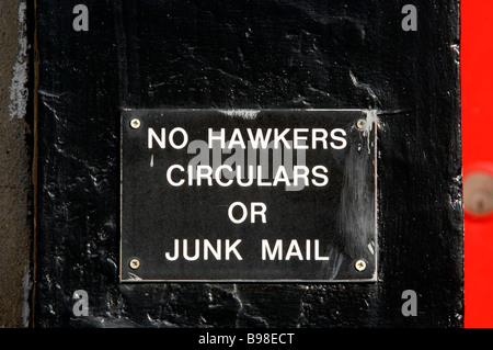 no hawkers circulars or junk mail notice on a house front in putney london - Stock Photo