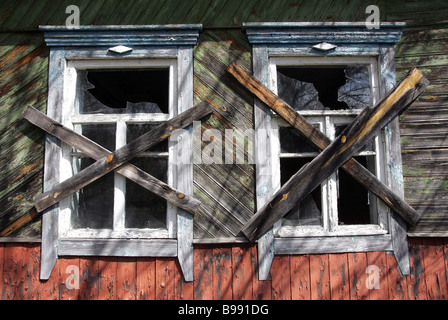 An abandoned house in the village of Orevichi Belarus which was evacuated immediately after the Chernobyl nuclear - Stock Photo