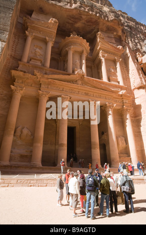 A tour group  in front of the Treasury, Petra Jordan - Stock Photo