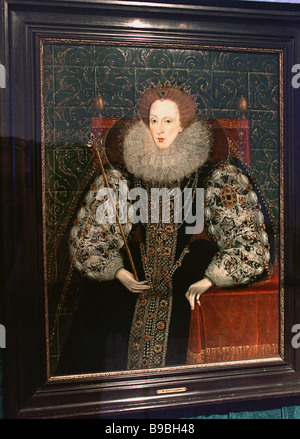 Portrait of Queen Elizabeth I The 1580s 1590s on display at Russia Britain exhibition dedicated to the 450th anniversary - Stock Photo