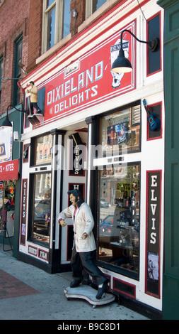 Elvis Presley figure outside novelty and souvenir shop Nashville Tennessee USA - Stock Photo