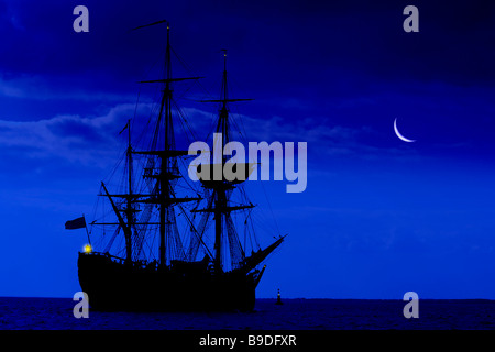 moon,rise,Barque,gaffer,Replica of, James Cook,gaffer,Cook's ship, Endeavour, Solent Isle of Wight England  huge - Stock Photo