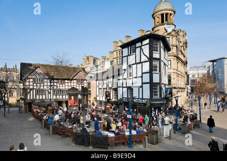 The Old Wellington Inn and Sinclair's Oyster Bar, Cathedral Gates, Exchange Square, Manchester, England - Stock Photo