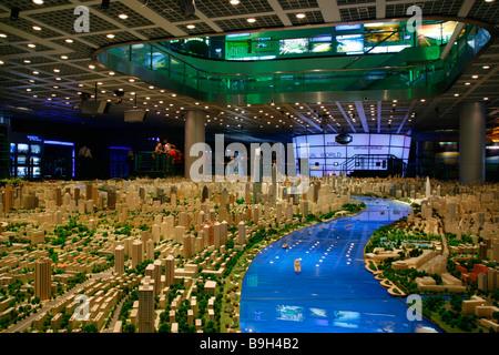China, Shanghai. Model of Shanghai in the Shanghai Urban Planning Centre. - Stock Photo