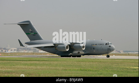 Boeing C-17 Globemaster III, US Air Force, airfreighter taking off at Frankfurt airport, Hesse, Germany, Europe - Stock Photo