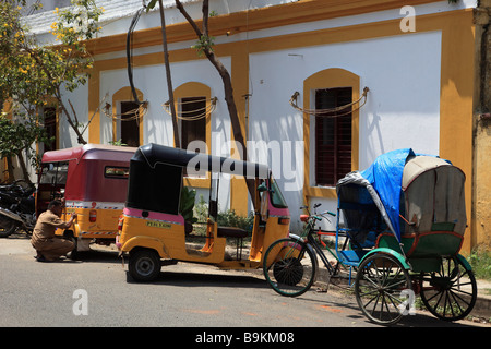 India Puducherry Pondicherry street scene french colonial Stock