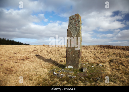 Maen Madoc Standing Stone. The Maen Madog Stone lies adjacent to the Roman Road, Sarn Helen, the Brecon Beacons, - Stock Photo