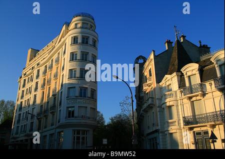 France, Allier, Vichy, Place de la Victoire - Stock Photo