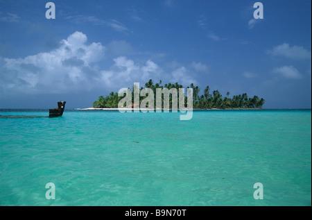 View from Dog Island / Isla Perro, San Blas Islands, Panama - Stock Photo