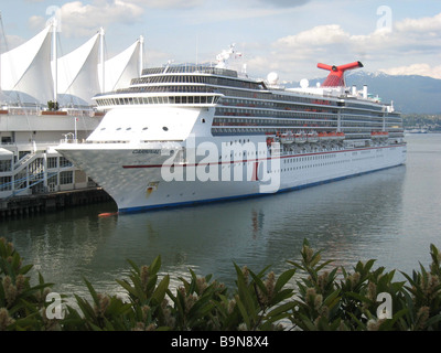 The cruise liner Carnival Spirit moored at the Vancouver Cruise Ship Terminal. - Stock Photo