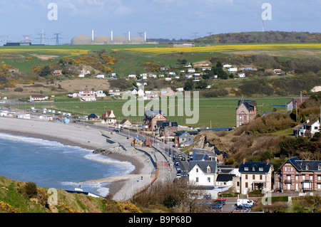 France, Seine Maritime, Veulettes sur Mer and the nuclear plant of Paluel - Stock Photo