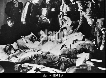 Wounded World War One soldiers in the Geography Society hospital - Stock Photo