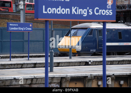 class 91 locomotive at king's cross train station london - Stock Photo