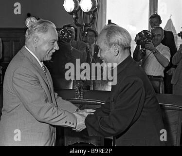 President of the Presidium of the USSR Supreme Soviet Kliment Voroshilov meeting President Ho Chi Minh of the Democratic - Stock Photo