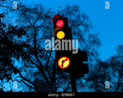 Traffic Lights Sloane Square London - Stock Photo