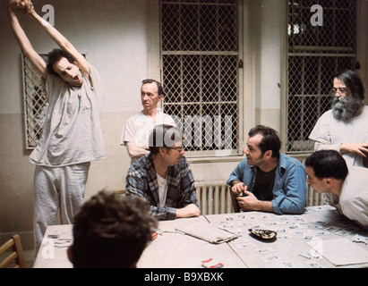 ONE FLEW OVER THE CUCKOO'S NEST 1975 UA film with Jack Nicholson seated in blue shirt - Stock Photo