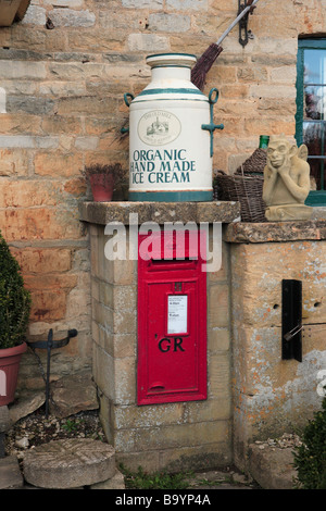 GR post box - Stock Photo